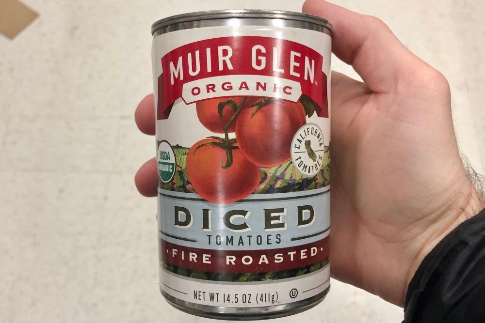 Organic diced tomatoes in a can